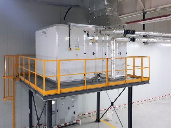 AIR HANDLING UNIT AND CONTROL PANEL