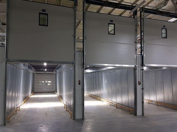 Automatic panel doors
